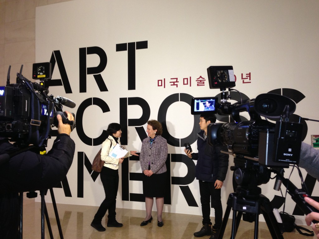 Terra Foundation President & CEO Elizabeth Glassman conducts interviews with various Korean media outlets at the press opening for Art Across America.